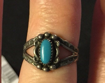 Vintage Navajo sterling silver & Turquoise Ring sz 5