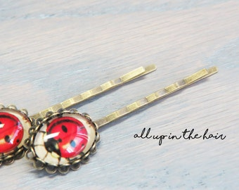 Ladybug Bobby Pin - Set of Two - Ladybug Hair Pins - Insect Bobby Pins- Insect Hair Pins - Red Bobby Pins - Red Hair Pins