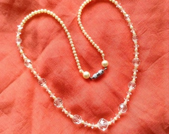 Vintage crystal and faux pearl necklace
