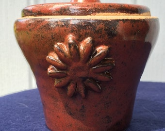 Red Lidded Crock (small)