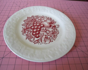 Vintage Homer Laughlin Cranberry Red Fruit and Berry Plate