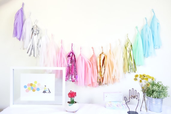 how to make tissue paper tassel banner