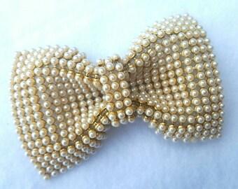 Pearl-Sheet Bow