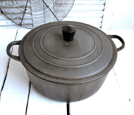 how to cook with a cast iron oven pan