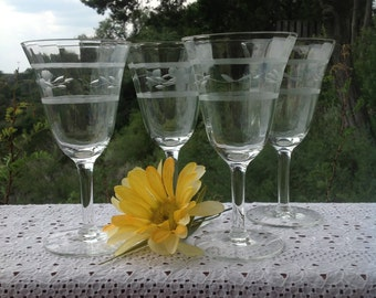 Floral Etched Wine glasses, Set of Four