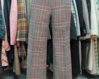 Pantaloni tardo 60 inizio 70.Principe di Galles a zampa. Zip laterale/Late 60s early 70s plaid flared trousers/High waist and zipper aside.