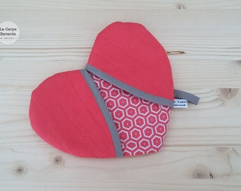 Potholder coral heart - geometric pattern