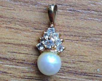 Vintage Crystal and Faux Pearl Pendant