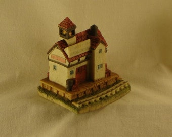Miniature Train Station Collectible - Miniature Liberty Falls Train Station - AH01 1991 - International Resourcing Service Collection