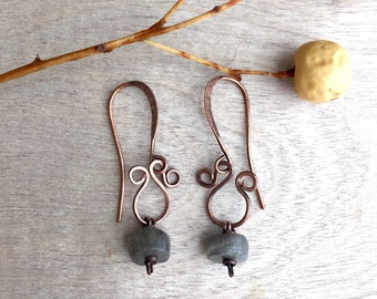 ON SALE 20% Labradorite and copper earrings  Artisan earrings  Copper wire earrings  Bohemian earrings