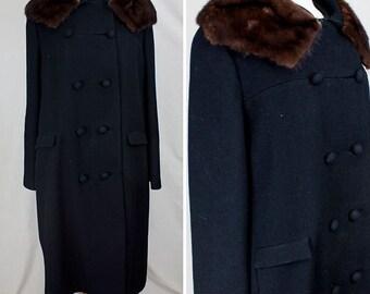 Winter Black Fur-Collared Coat | 1960s | Women's L