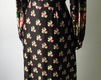 Late 1960's maxi dress with billowy sleeves