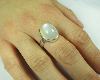 Genuine moonstone ring, size 7, 92.5 sterling silver, free shipping