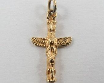Vancouver Totem Pole 14 Karat Gold Vintage Charm For Bracelet