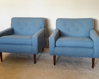 Mid Century Pair of Club Chairs
