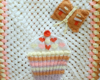 Crochet Baby Blanket with Peaches and Cream Wool Cupcake Applique Crochet Baby Afghan for Cupcake Nursery Toddler Throw  Baby Girl Gift