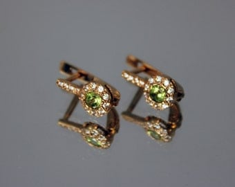 Peridot earrings, 14k gold earrings, Gemstone earrings, Green stone earrings, Clip on earrings, Peridot earrings gold