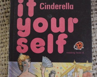 Cinderella. Read it Yourself. A Vintage Ladybird Book. 1979