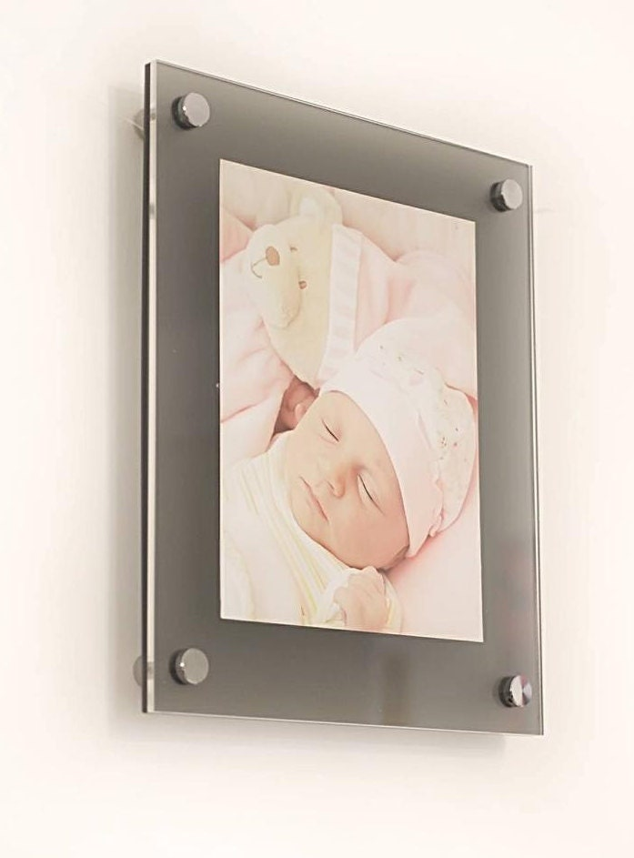 grey frost high gloss cheshire acrylic 10mm 12 x 18 30 x 45 cm 18 x 12 picture photo frame. Black Bedroom Furniture Sets. Home Design Ideas