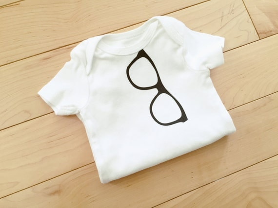 Glasses Bodysuit / Nerdy Baby Bodysuit / by MainelyBabyBoutique