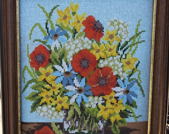 "Gobelin Stickbild Flowers with Vase Needlepoint Kit -- Frame, Canvas, Needle, Wool, Clips --16"" x 13"" - Germany"