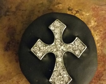 Clay magnet with rhinestone cross