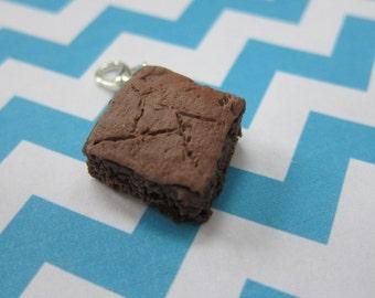 Miniature Brownie Charm, Food Jewelry Chocolate Charm, Dessert Charm, Brownie Keychain, Brownie Stitch Marker