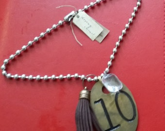 You're a perfect 10! Vintage look necklace