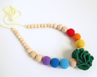 Rainbow crochet necklace with flower, Nursing necklace, Babywearing necklace, Teething necklace, Baby teether, Mommy necklace, Breastfeeding