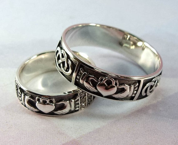 wedding ring set claddagh ring sterling by silverthreesnails. Black Bedroom Furniture Sets. Home Design Ideas