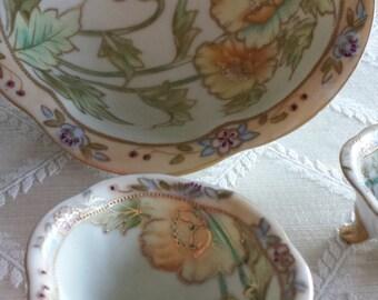 On Sale- Beautiful Vintage Floral Bowl Set