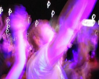 Illuminated groove