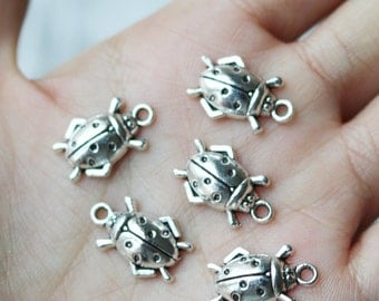 set of 10, lady bug charms, nature charms, cute charms, insect charms, antique silver, metal charms,