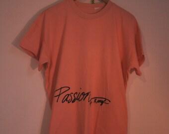 """Retro Peach Beach T-shirt """"Passion"""""""