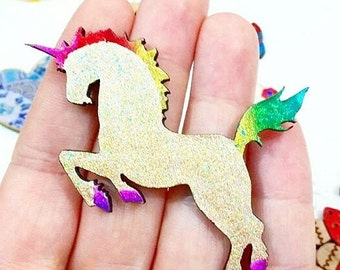 UNICORN POWER! // gorgeous sparkly gold brooch