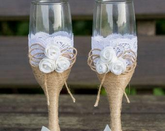 Rustic Wedding Glasses Champagne Flutes Burlap Glasses Rustic Toasting Glasses Burlap and Lace Mr & Mrs Glasses