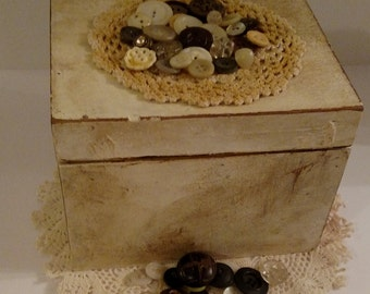 Upcycled Vintage Button Jewelry/Trinket Box