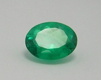 1.54 Ct Natural Colombian Oval Loose Emerald