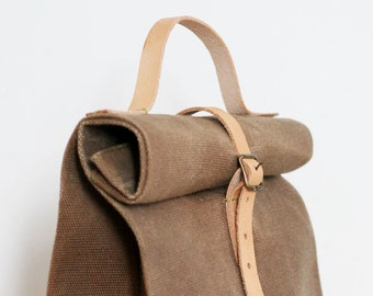 Basic Waxed canvas Lunch Bag with leather handles
