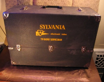 FREE SHIPPING! Sylvania Vintage Tv/Radio Repair Man Vacuum Tube Case. Brought to you by UsefulRetro! Made in USA!