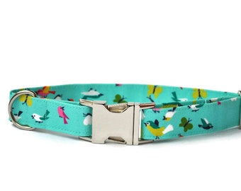 Dog collar in Turquoise with birds