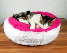 Personalized Cat bed bean bag fluffy colorful synthetic fur royal bed for your pet gift filled with bean filling non slip material