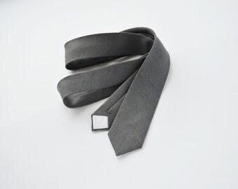 Dark grey linen skinny tie, mens neck tie, linen tie, wedding tie, groomsmen tie, wedding tie, quality skinny tie, boyfriend gift
