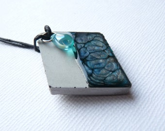 Concrete diamond enamelled effect necklace turquoise blue and gray
