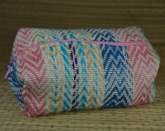 Package pattern pink and blue tapestry