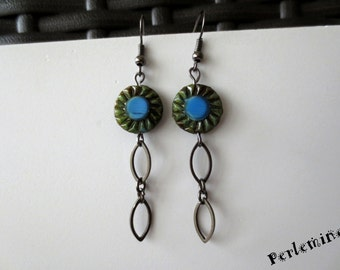 Green and blue earrings. Clips are possible.
