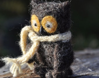 Owl felted toy - little owl - wool owl - waldorf toy - decorative figure owl - felted figure