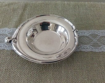 Vintage W M Rogers Silver Plated Candy/Nut/Trinket Dish with Swirl Design 948