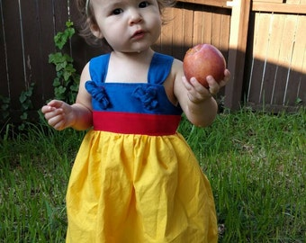 Snow White costume, disney princess dress, everyday play, birthday, party, Disneyland, disneyworld, 3 6 12 18 2t 3t 4t 5t 6 7 8 10