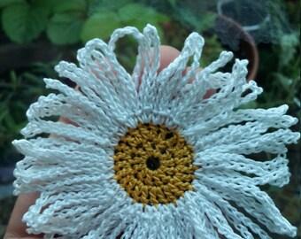 Spring Daisy Bobby Pin